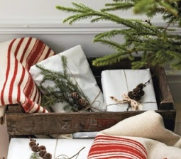 natural-Christmas-wrapping-gifts