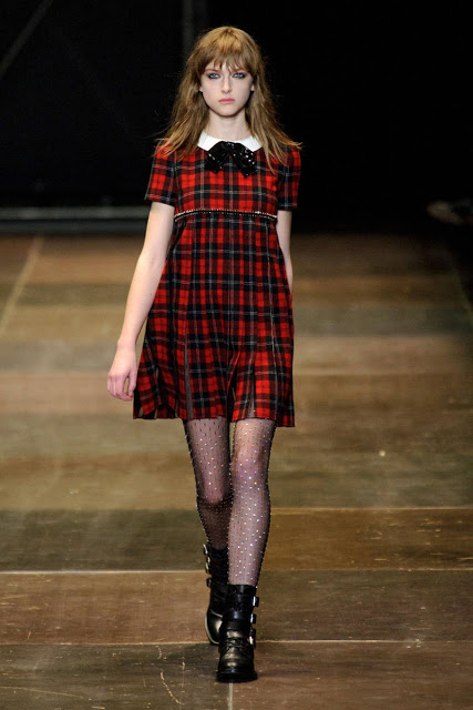 54acdb4b4c691_-_elle-saint-laurent-fall-2013-rtw-11-de-xln