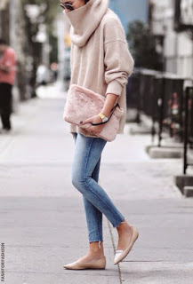 bailje-l-610x610-sweater-pink+sweater-turtleneck-jumper-knitwear-pink+clutch-fluffy-pale+pink-winter+sweater-winter+outfits-streetstyle-s (002)