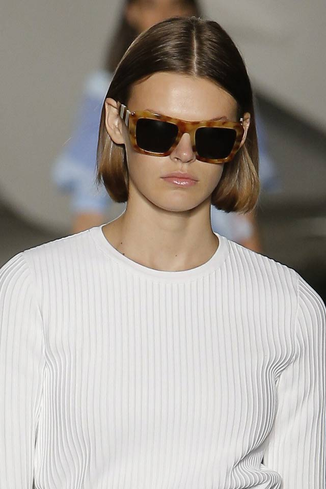 carolina-herrere-sunglasses-spring-summer-2018-ss18-brown-patterened-frame.jpg