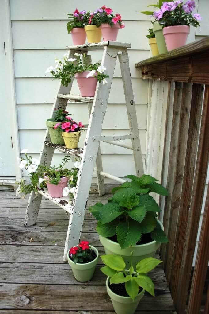 04-rustic-spring-porch-decor-ideas-homebnc.jpg