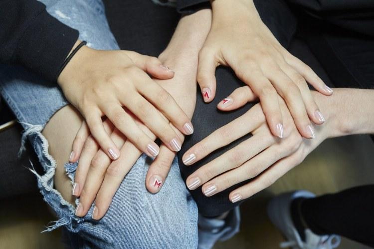 nails-monse.jpg